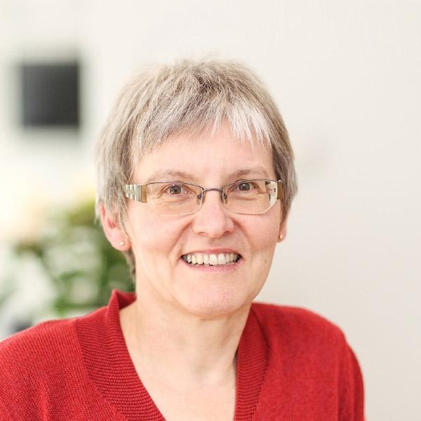 Dr. med. Heidi Apfel